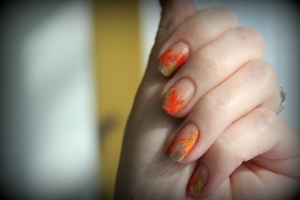 Fall leaves, nail art